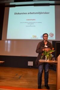 Lisbeth Rydén forskar om psykosocial arbetsmiljö